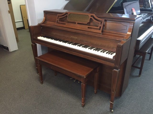 Used acoustic yamaha m214 piano for sale nj for Used yamaha pianos for sale
