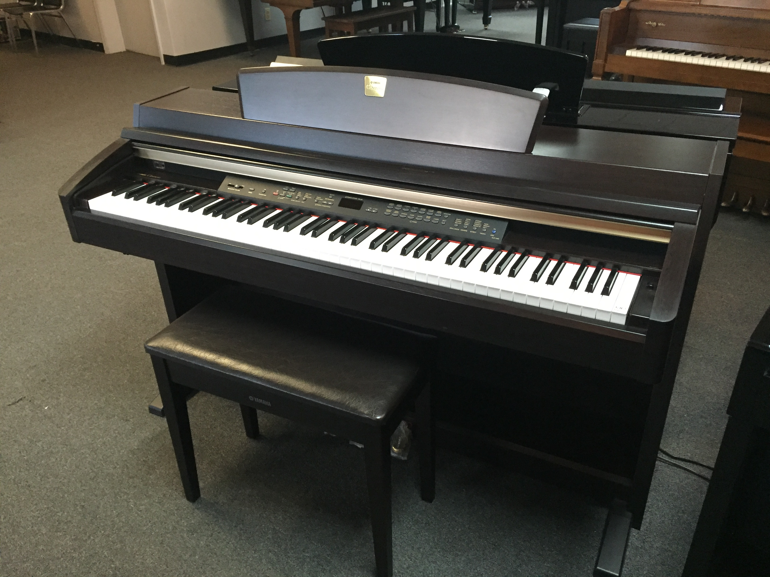 Used digital yamaha clp 280 piano for sale nj for Yamaha pianos nj