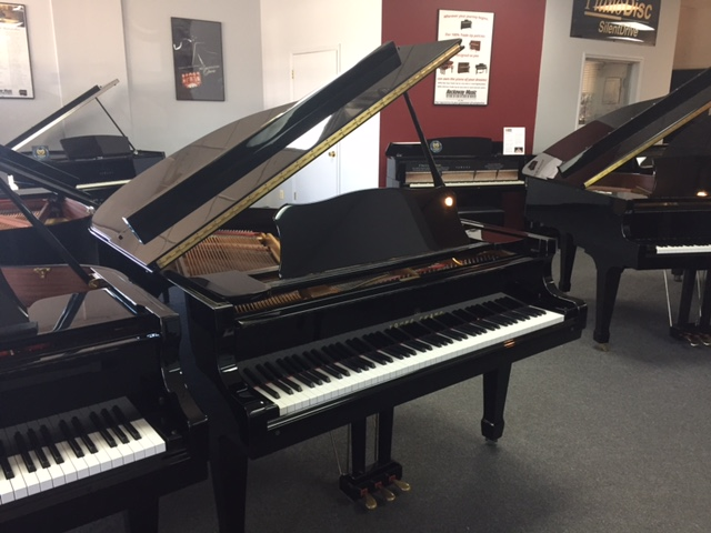 Used Acoustic  Young Chang  G-157 Piano for sale NJ - image