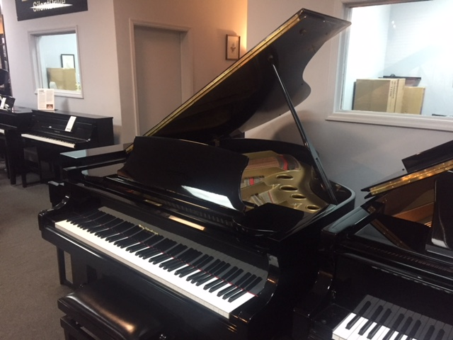 Altenberg SG-601  Used Acoustic  Pianos - image