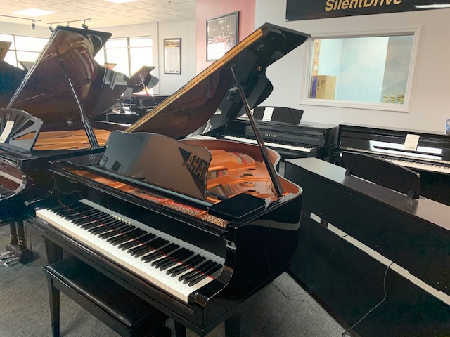Used Acoustic  Yamaha  GC1M Piano for sale NJ - image