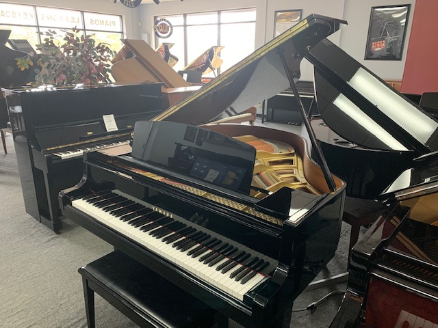 Used Acoustic  Yamaha  GH1 Piano for sale NJ - image